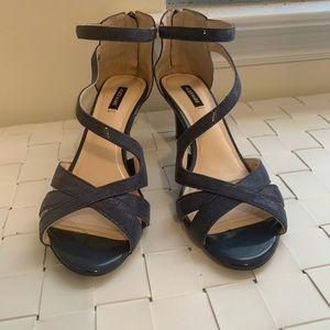 Alex marie blue small dot heels